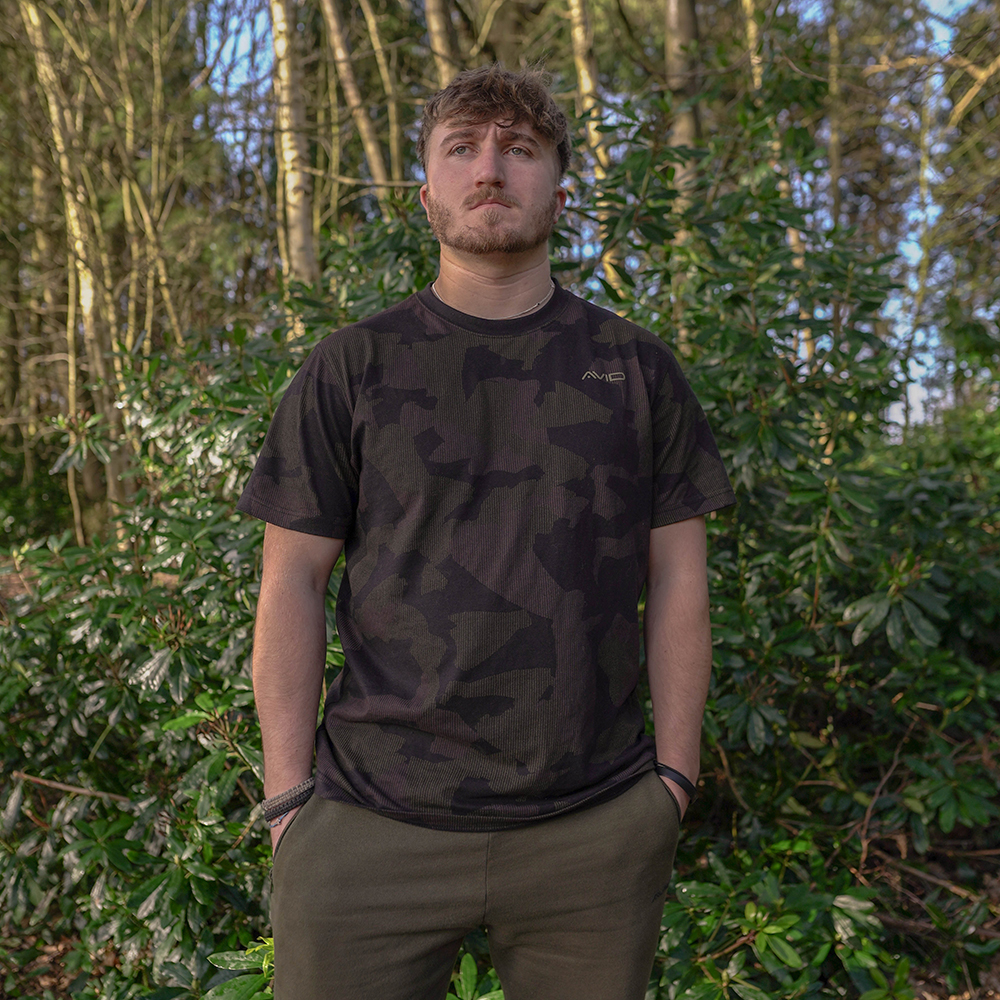 Avid Carp Distortion Camo T-Shirt
